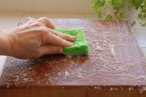 Cleaning Uses for Baking Soda